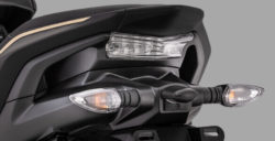 Sporty Integrated Rear Handle Grip Aerox 155