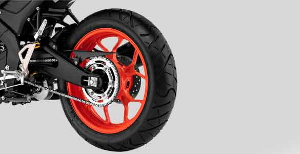 MT-15 Tubeless Wide Tire